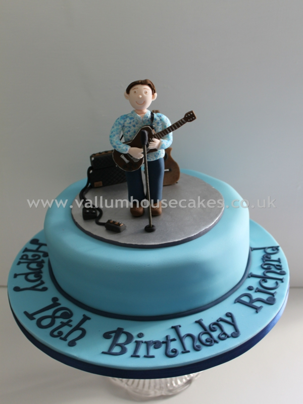 Cake Ideas For Old Man : Mens Cakes - Vallum House Cakes