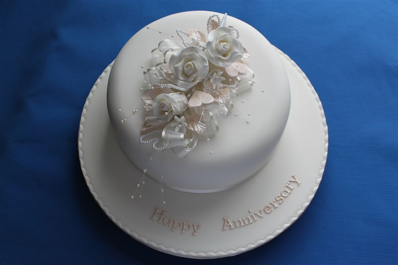 Pearl Wedding Anniversary Cakes Pearl-wedding-anniversary-cake.jpg