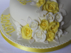 lemon-and-white-roses-cake-resized.JPG